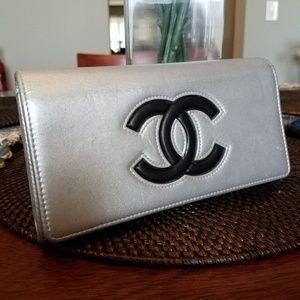 Authentic Chanel Silver Metallic Blk. CC Bi-fold W